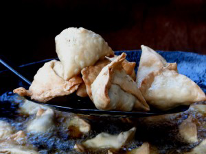 A picture of samosas