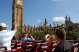 a photo of tourists in London