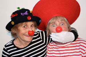 A photo of the Amazings teaching how to be clowns